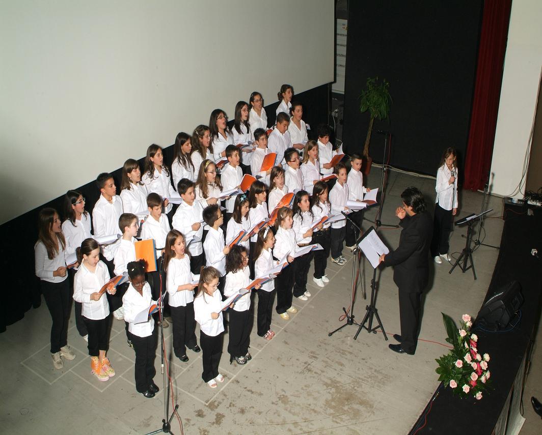 Si apre il nuovo anno scolastico della scuola musicale di for Nuovo arredo francavilla fontana