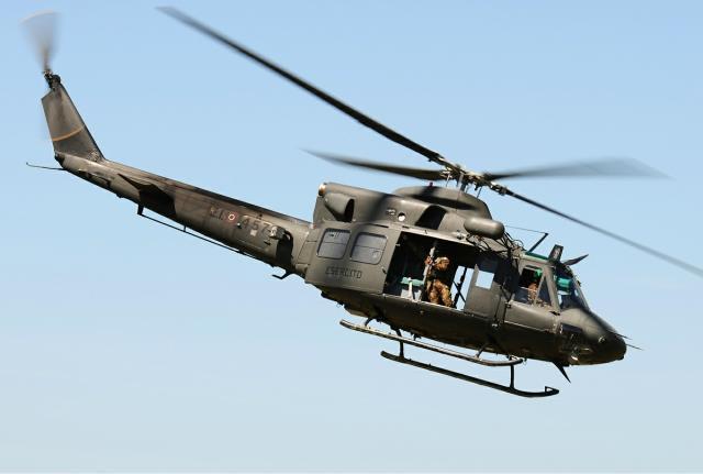 Elicottero Militare : Militare cade da elicottero e muore durante esercitazione