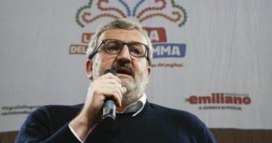 Emiliano a Lecce per la presentazione della serie tv 'Plonk Italia'