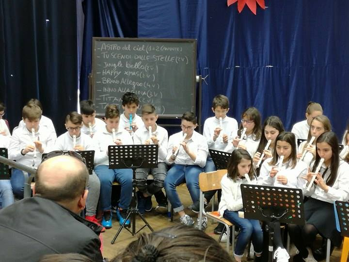 rappresentazione-musicale-alunni-istituto-pascoli-matera