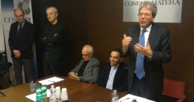 Il presidente del Partito Democratico, on. Paolo Gentiloni,  ospite degli imprenditori presso la sede di Confapi Matera