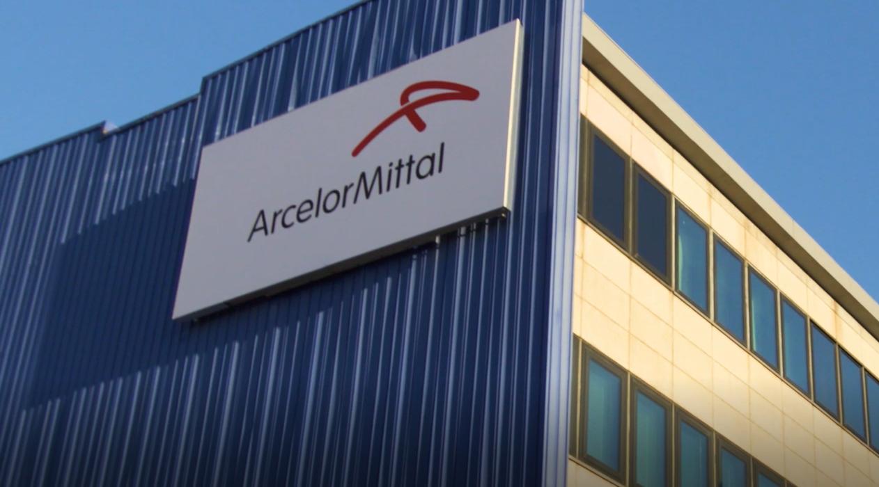 Bocche cucite dopo l'incontro tra Di Maio e ArcelorMittal