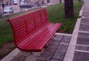 Installata panchina rossa anti-violenza nei pressi della sede della Regione Basilicata